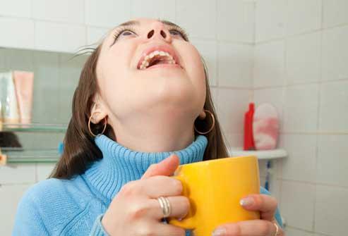 Как вылечить простуду за 1 день?! Hlorofillipt-v-lechenii-gorla