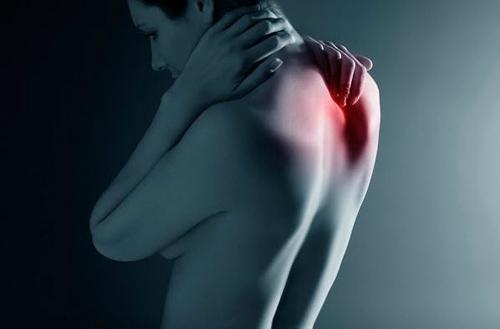 Боли в горле и шейный остеохондроз