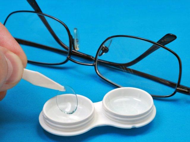 вред линз для зрения