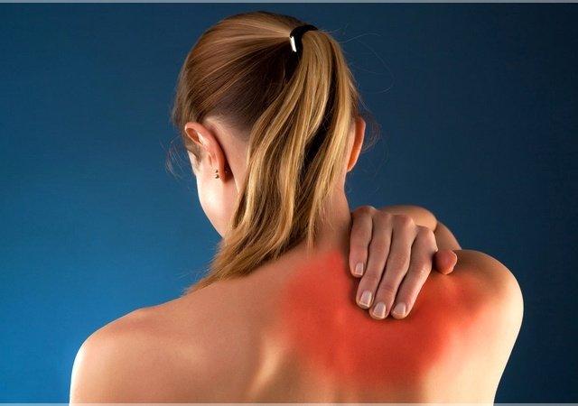 Болит правая сторона спины — причины, возможные заболевания